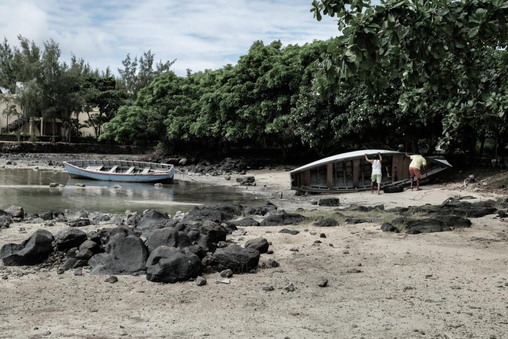boats, fishermen